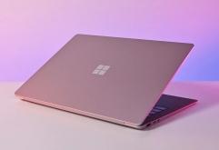 Windows Central이 정보 소식통을 인용해 Microsoft는 Surface 브랜드의 신형 노트북을 출시할 예정이라고 보도했다.    신형 Surface는 Sparti라는 코드네임으로 불리며 학생들을 대상으로 설계된 경량 노트북으로...