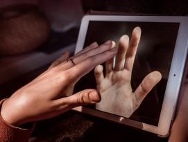 글로벌 칼럼 | 굿바이, 태블릿 by 파시스트