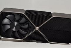 바로 하단 게시물 3080 리뷰에 이어 상위 모델인 3090의 리뷰입니다.             3090은 3080 대비 GPU 코어(FP32/INT32), 텐서 코어, RT 코어가 각각 10496 / 5248 / 328개로 증가하였으며 VRAM 도 ...