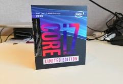 Intel Core i7 Coffee LakeAnandTechCoresTDPFreqL3vProDRAM DDR4iGPUiGPU TurboCore i7-8086K$4256 / 1295 W4.0 / 5.012 MBNo266624 EUs1200Core i7-8700K$3596 / 1295 W3.7 / 4.712 MBNo266624 EUs12...