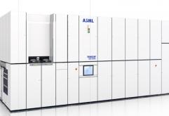 세계 최대 반도체 리소그래피 공급 업체 네덜란드 ASML은 2019년 실적 보고서에서 회사의 기록과 향후 계획을 밝혔다.    2019년 보고서에서 ASML은 2020년에 35대의 EUV 시스템을 공급할 것으로 예측했다. 이는 자...